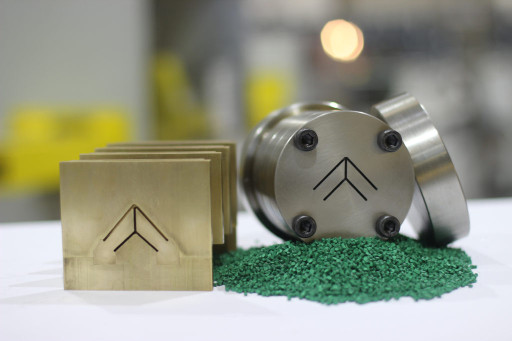 Plastic extrusion tooling die compound (1)